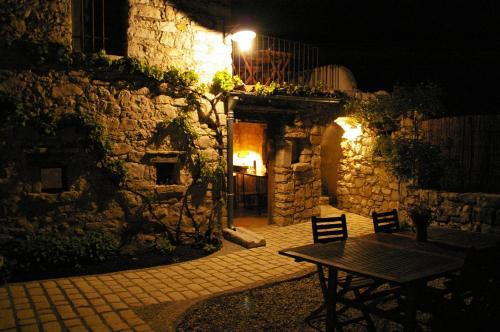 Les vignes de la tour saint Blaise : Bed and Breakfast near La Garde