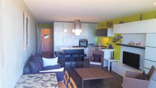 Luckey Homes - Av Evêché Maguelone 2 : Apartment near Villeneuve-lès-Maguelone