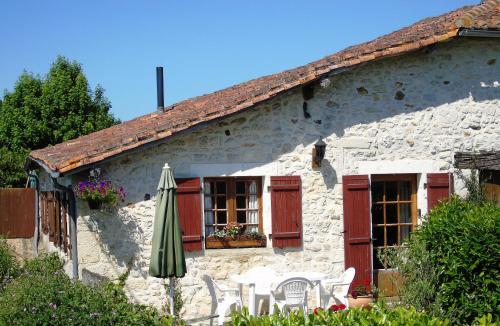Gîte Chez Marot : Guest accommodation near Rouzède