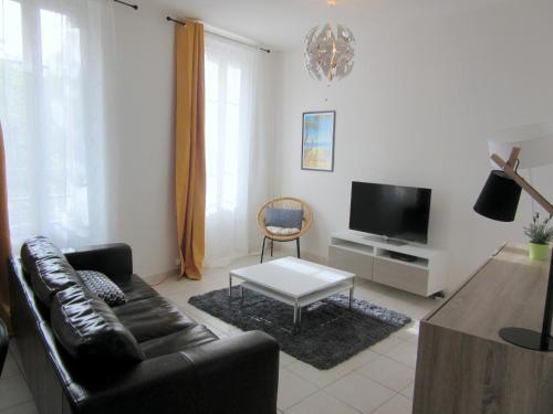 Toulon Appartement Las Fanyseb : Apartment near Le Revest-les-Eaux