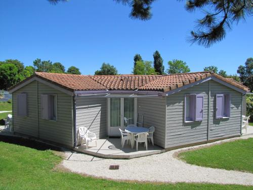 Le Hameau de Saintonge : Guest accommodation near Puyrolland