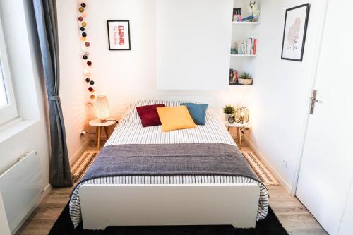 Le Cocon Lumière : Apartment near Lyon 8e Arrondissement