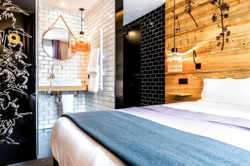 Hotel Paris 19e Arrondissement Hotels Near Paris 19e